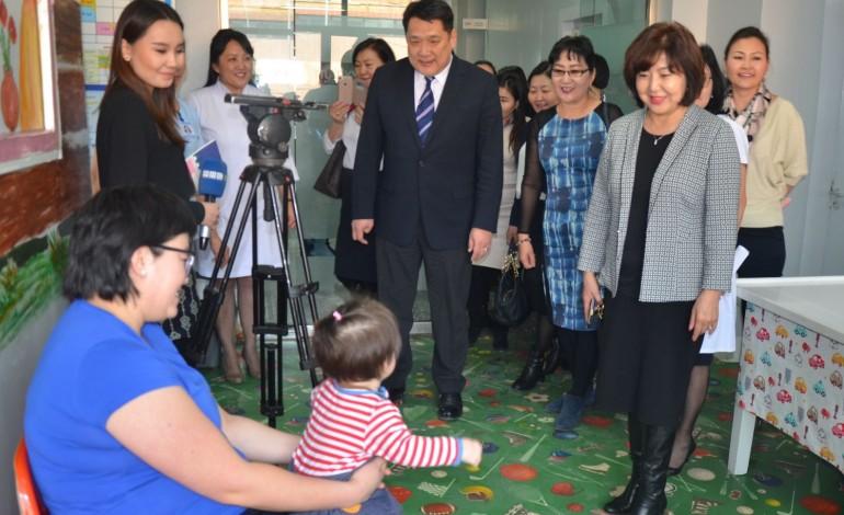 Сүхбаатар дүүрэгт 150 хүүхэд хатгалгааны вакцинд хамрагдана