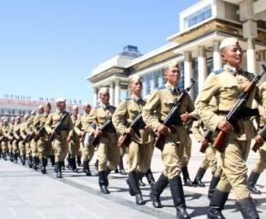 """""""Монгол цэргийн өдөр"""", Зэвсэгт хүчний 97 жилийн ойн баяр тохиож байна"""